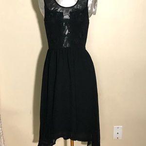 Sans souci  size small sleeveless  Blk dress.